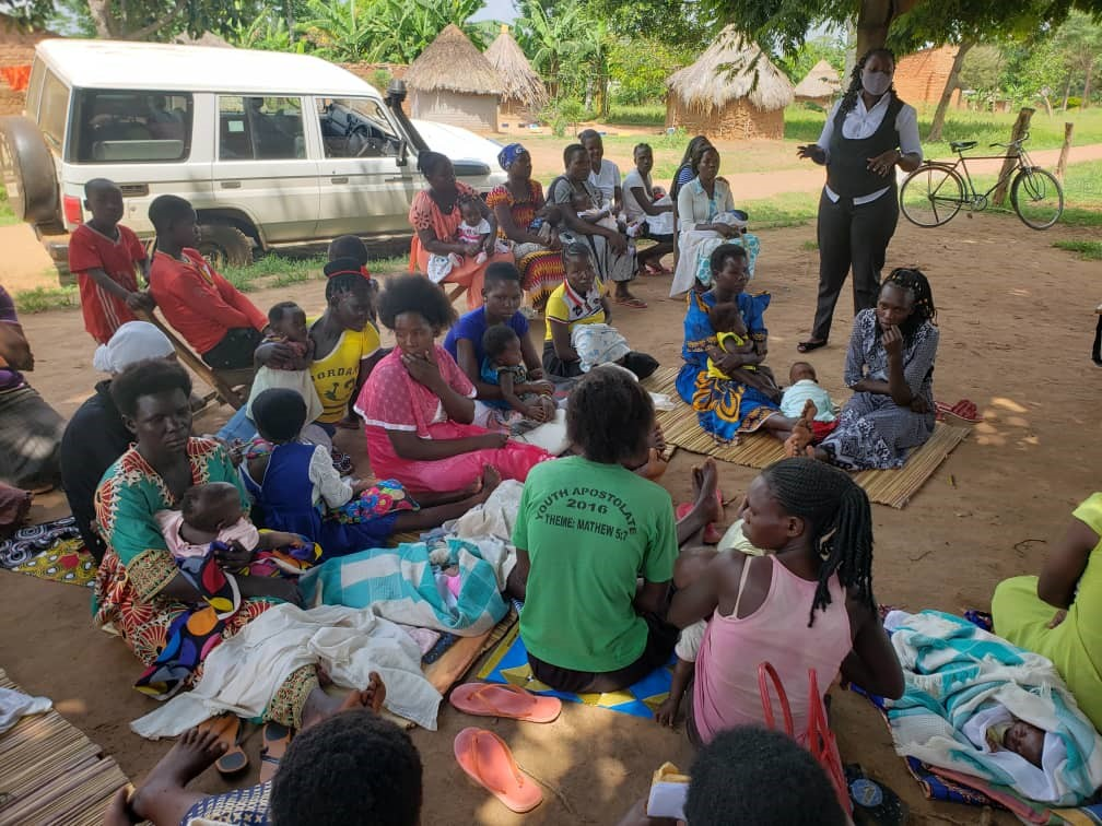 JCU outreach to women with children inform them about their legal rights